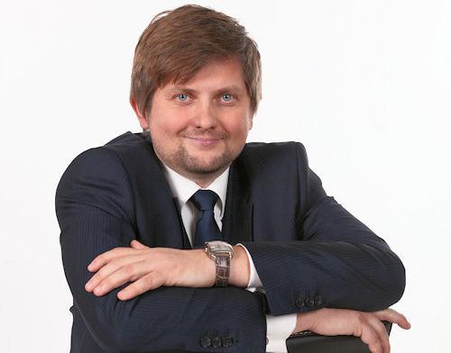 David Mencl je předsedou představenstva a největším akcionářem společnosti Ekonomické stavby rodinná a.s.